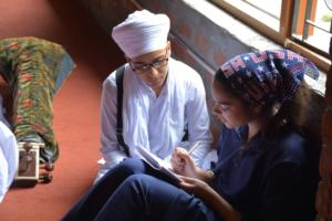 Student learm Kirtan in at Akal International youth camp (4)